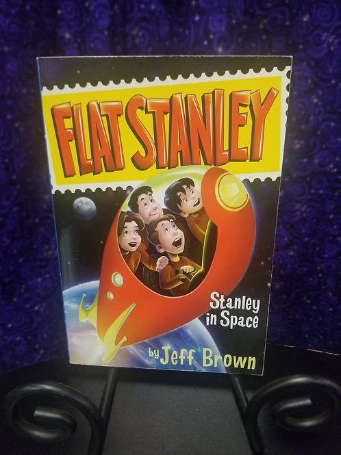Flat Stanley: Stanley in Space by Jeff Brown