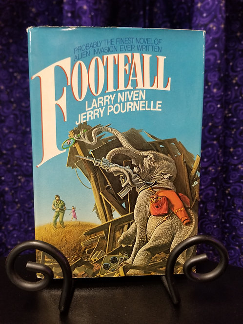 Footfall by Niven/Pournelle