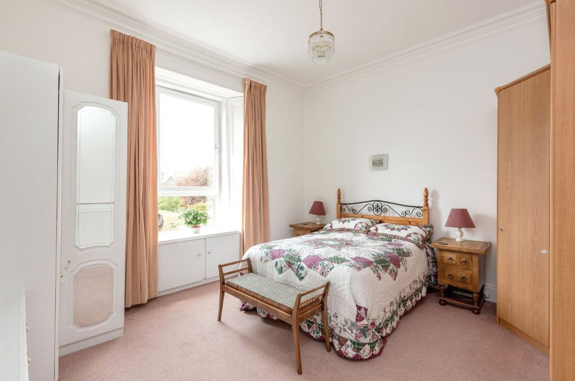 Kennedy Gardens - Bedroom Before