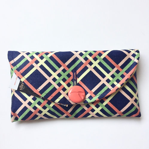 Picnic Rounded Clutch