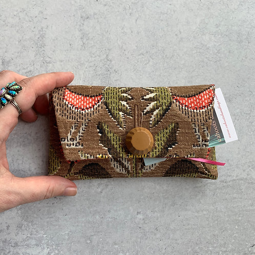 Roost Small Clutch