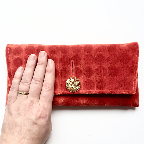 Bippadotta Midtown Clutch