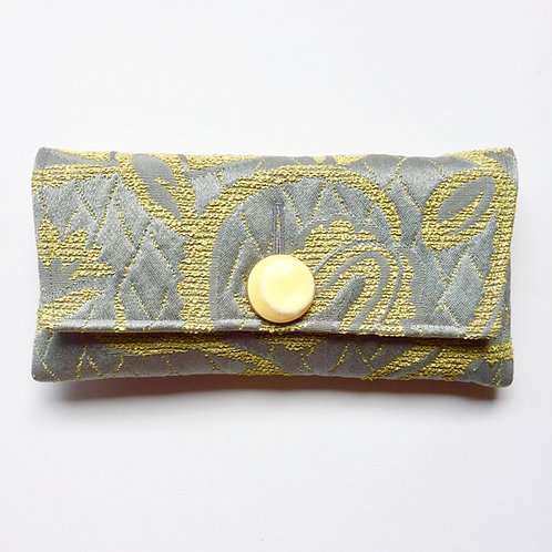 Smokescreen Midtown Clutch