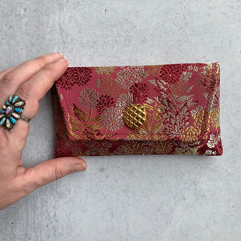 Plume Small Clutch