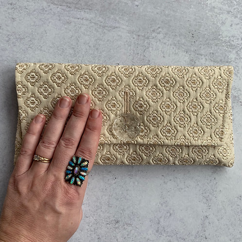 Caketopper Midtown Clutch