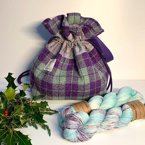 Bennachie Project Bag and two skeins of Bree yarn