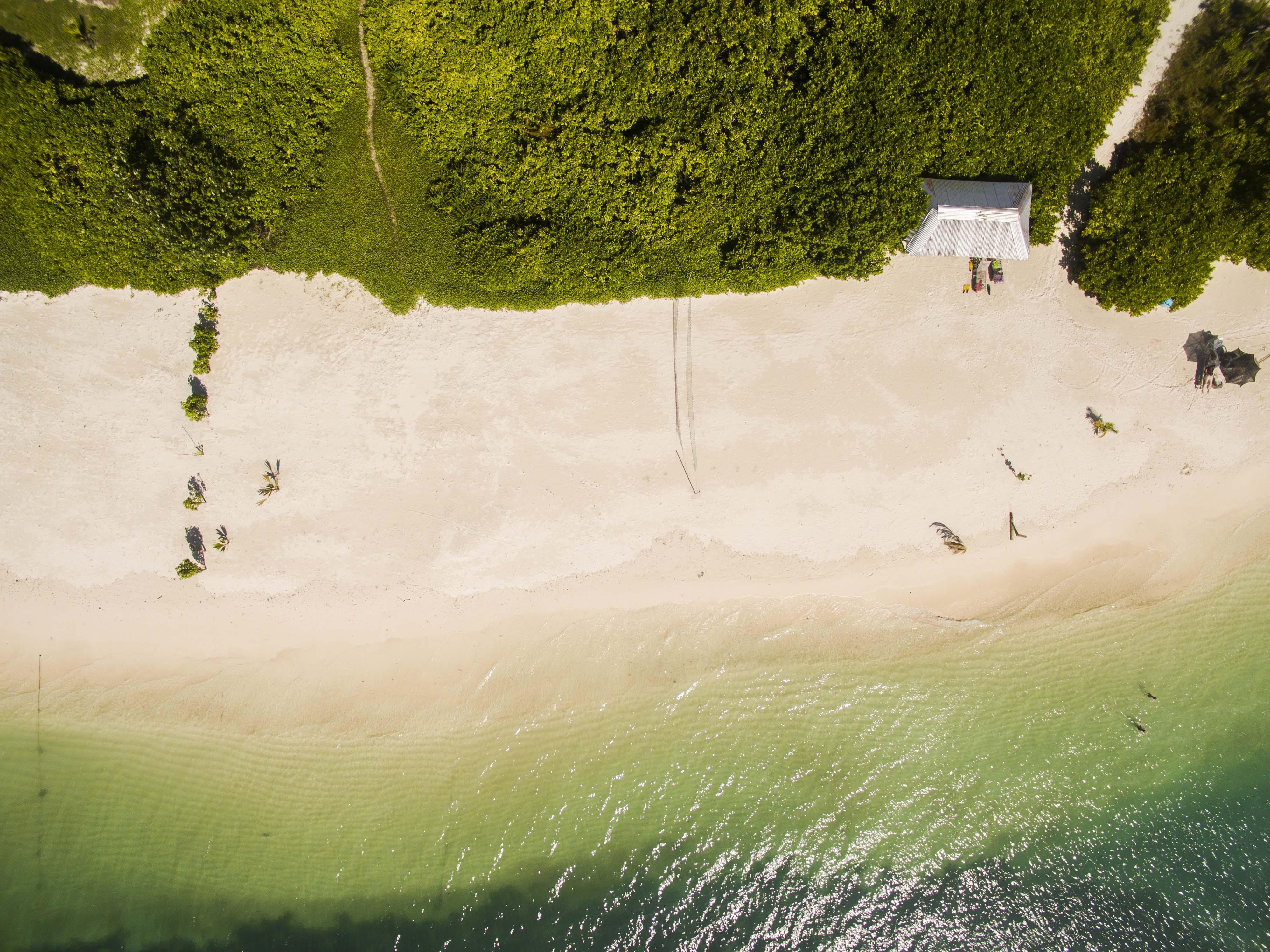 Lacabana Maldives  A Dh Maamigili Island (14)