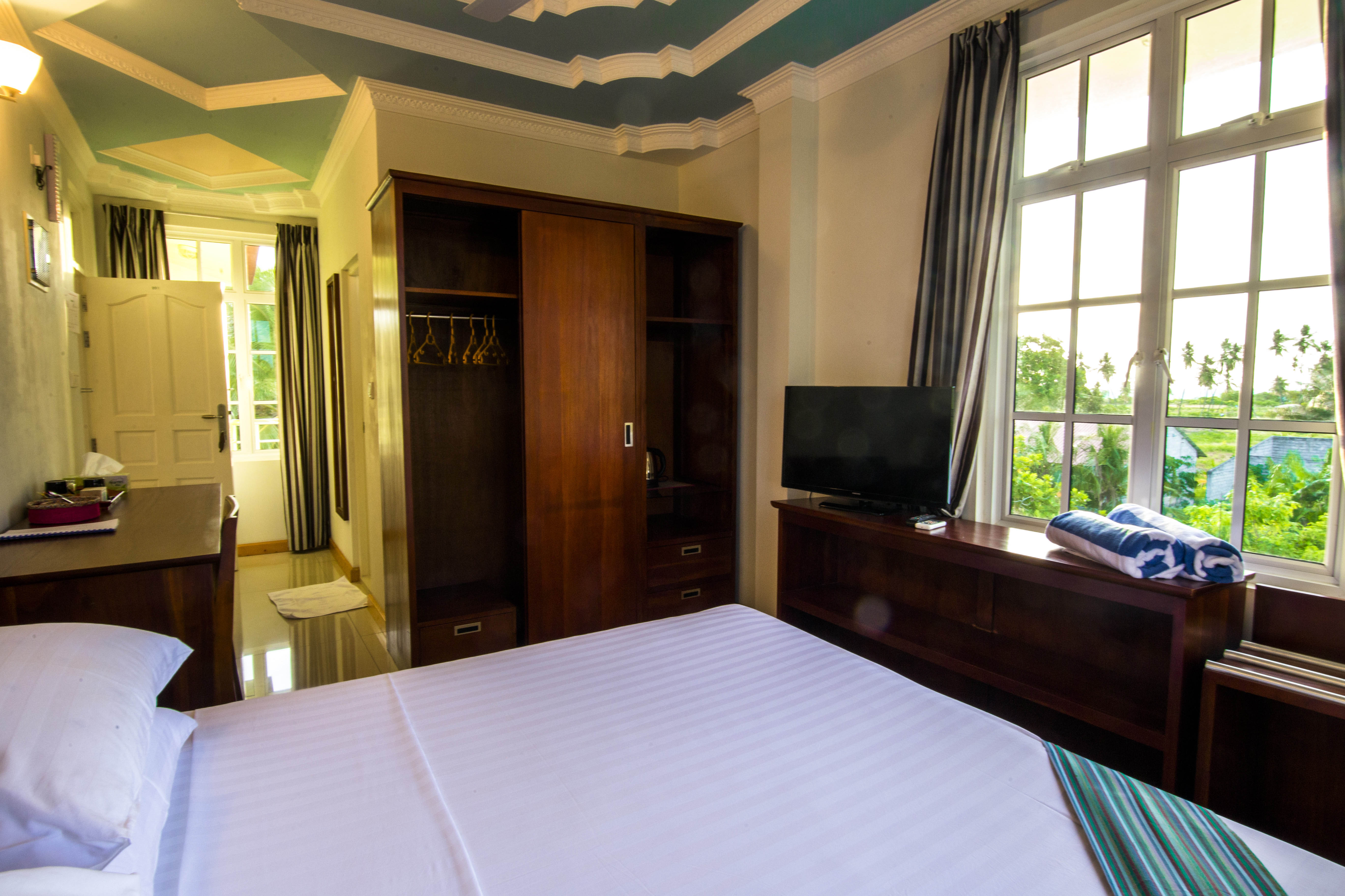 Lacabana Maldives Standard Double Room (2)