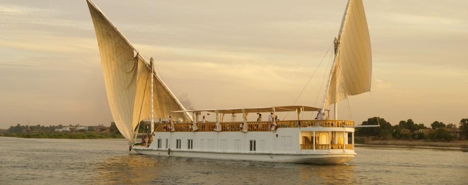 dahabiya_nile_cruise_egypt_sailing