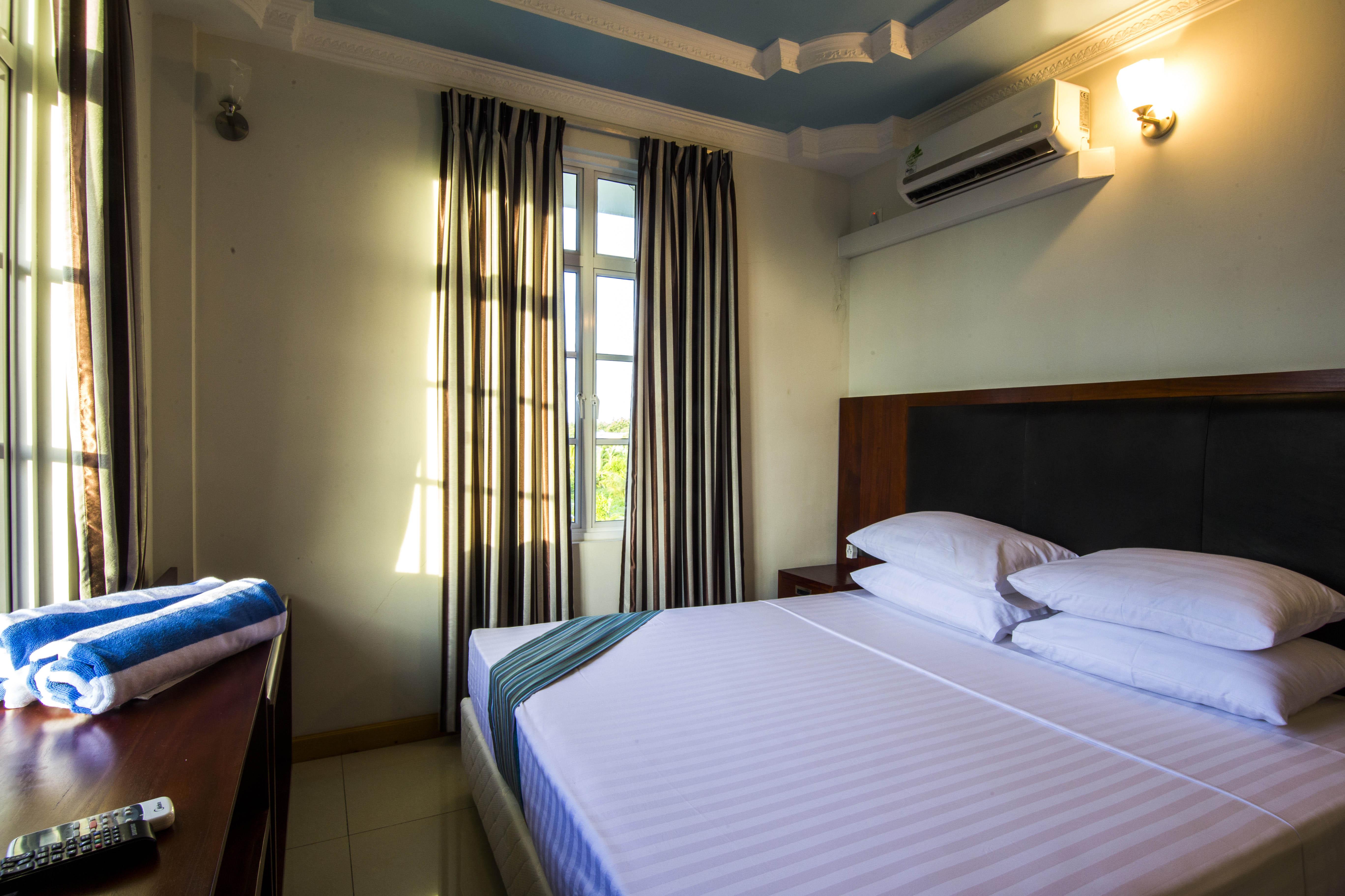 Lacabana Maldives Standard Double Room (1)