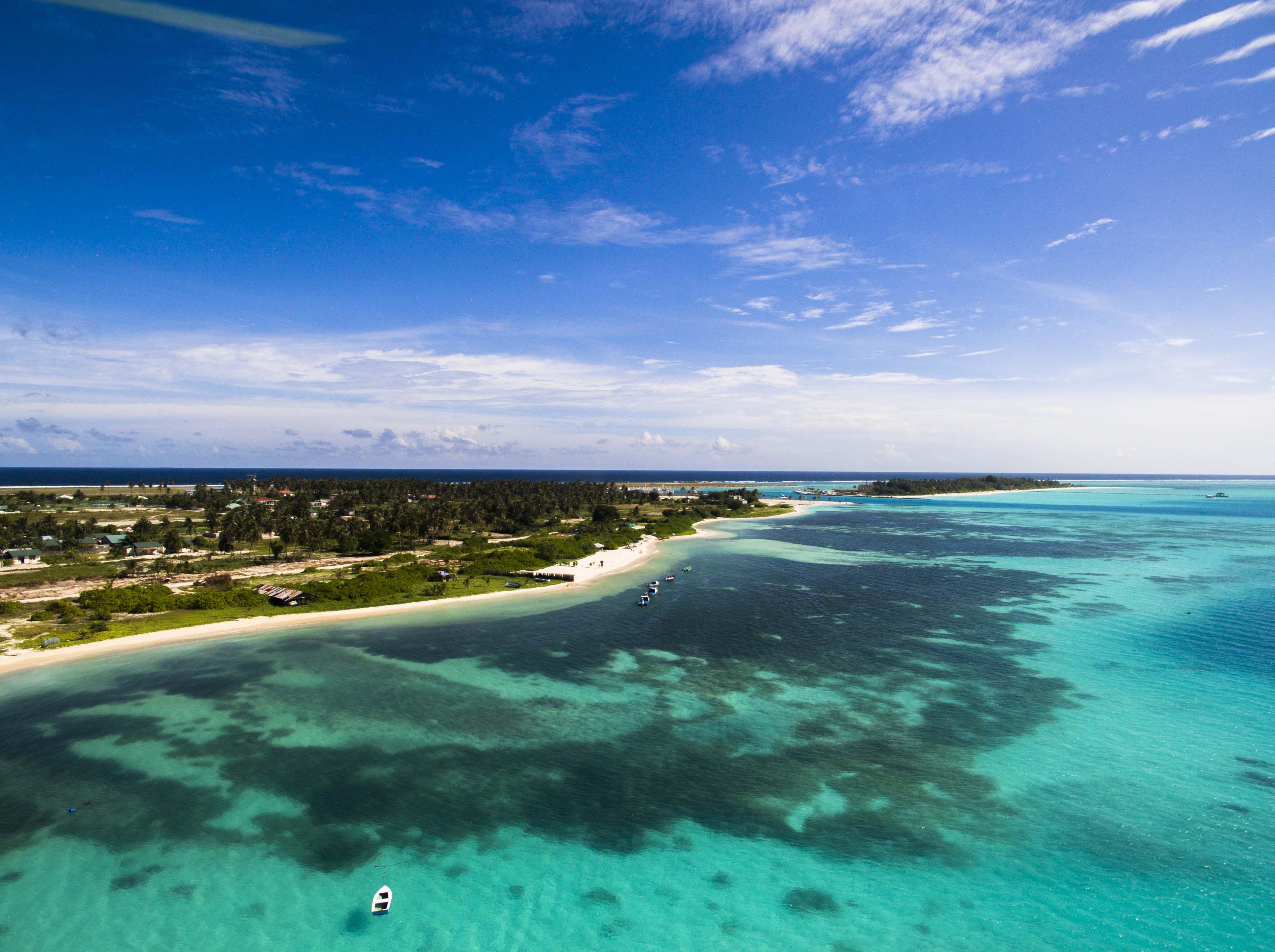 Lacabana Maldives  A Dh Maamigili Island (18)