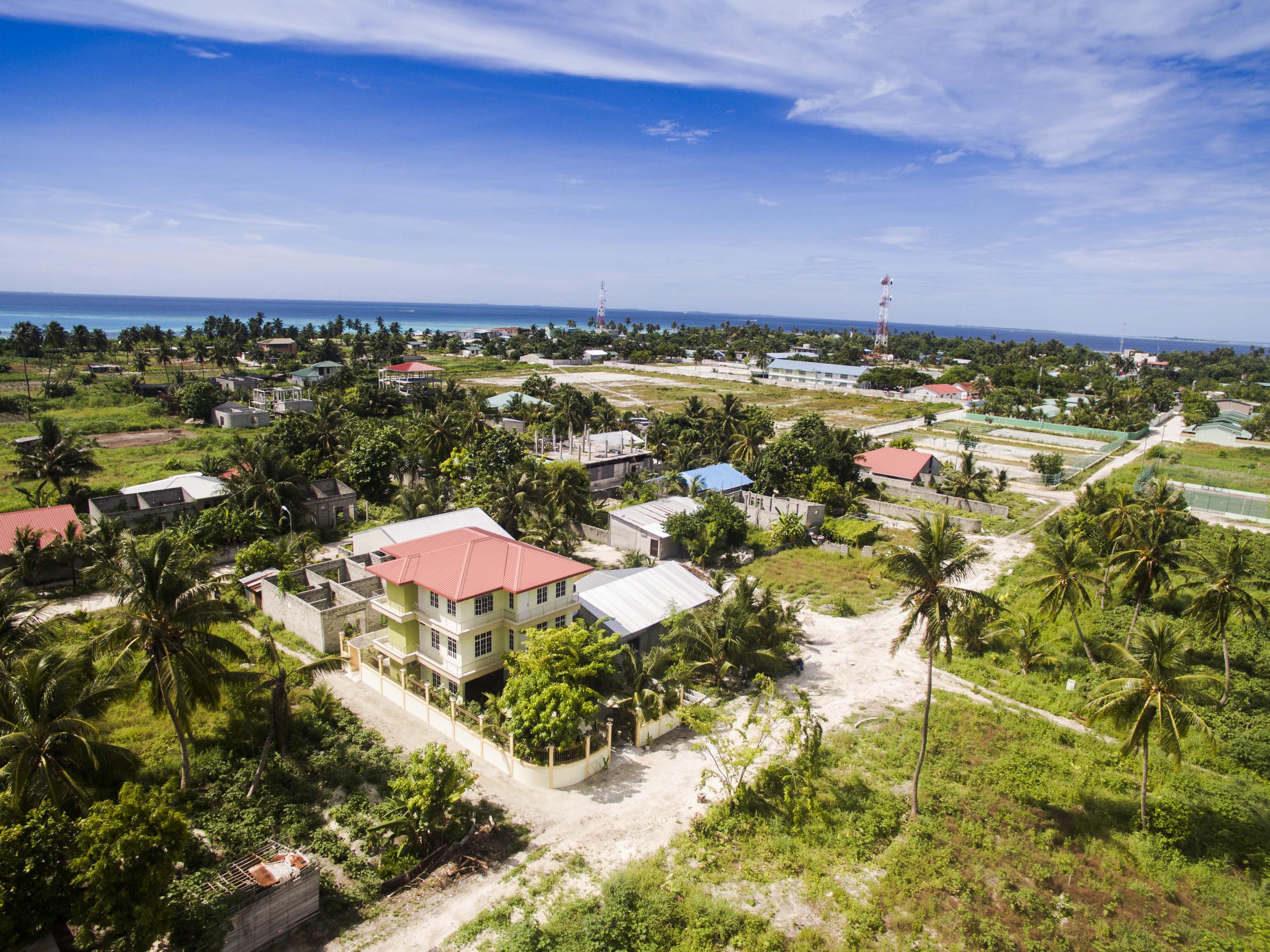Lacabana Maldives  A Dh Maamigili Island (10)