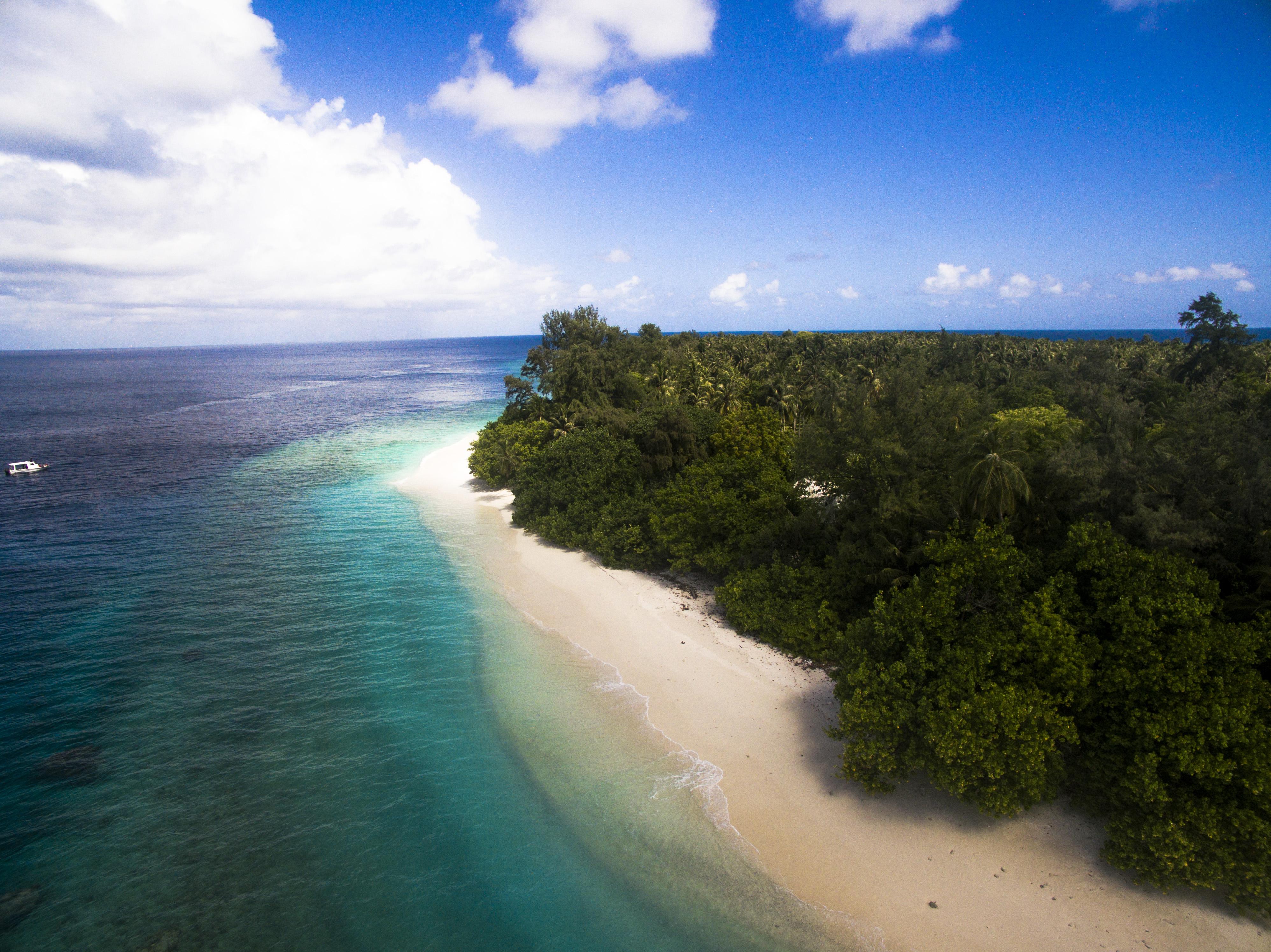 Lacabana Maldives  Ariyadhoo Picnic island (5)