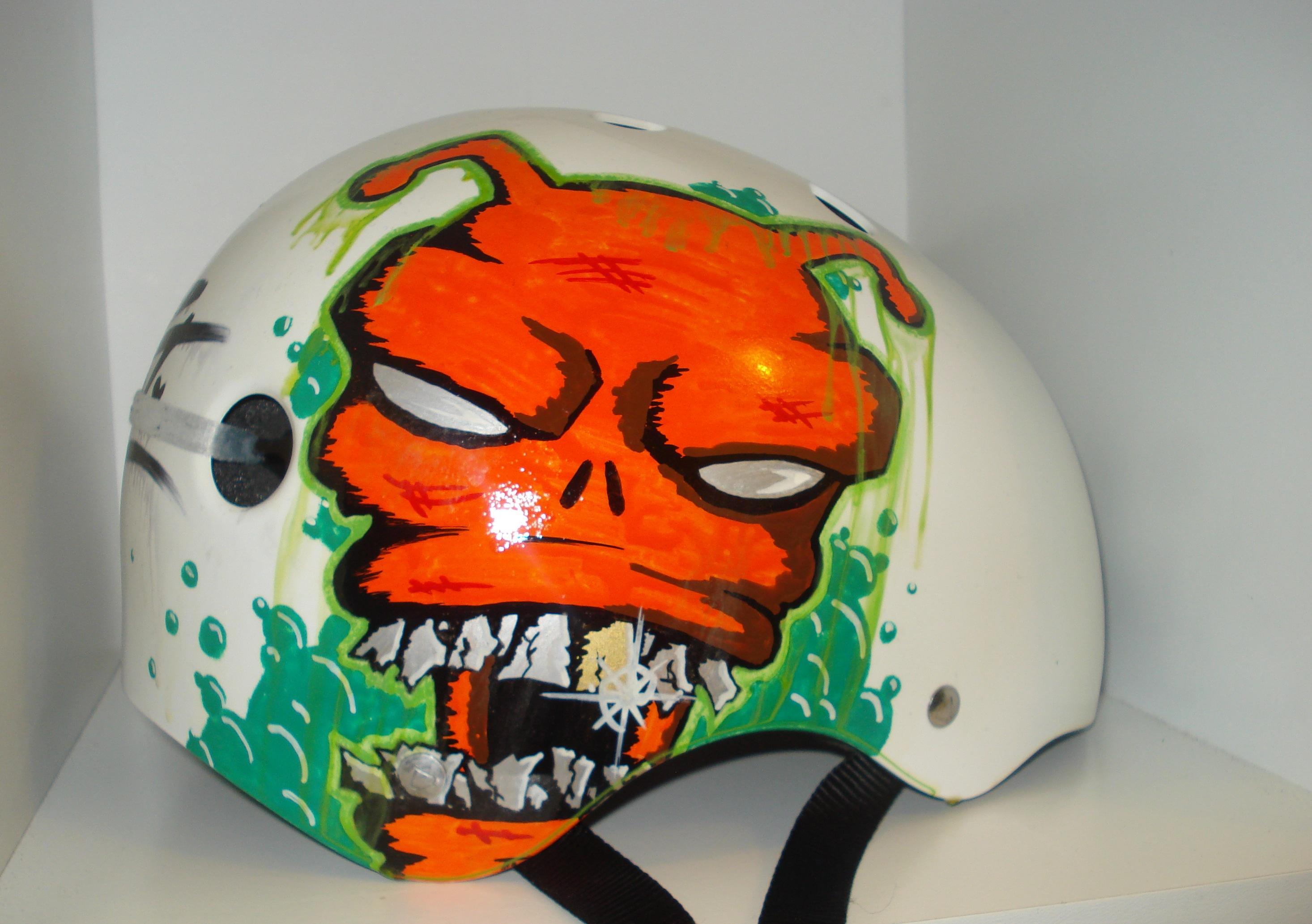 Alien on a Helmet