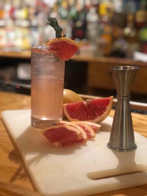 Elderflower Grapefruit Gin and Tonic