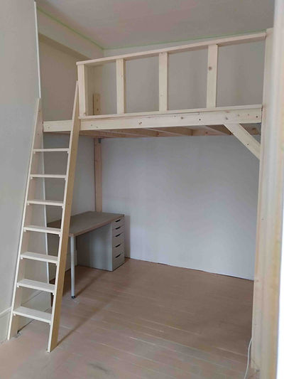 mezzanine 250 x 170 cm.jpg