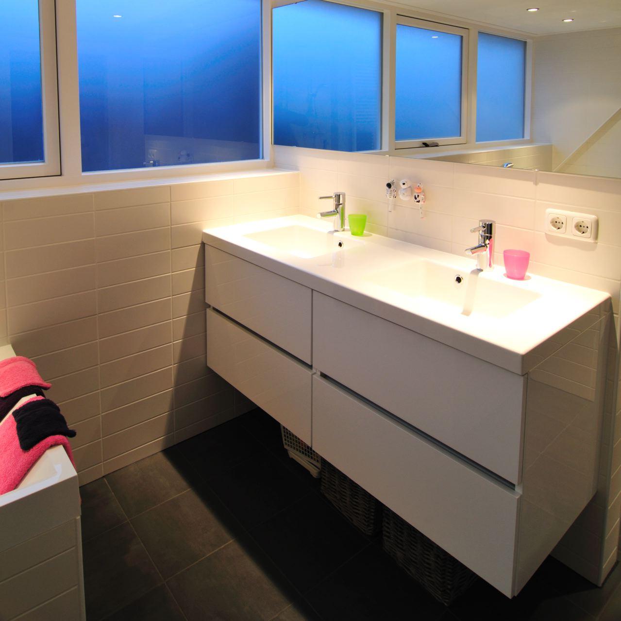 badkamer+wastafel.jpg