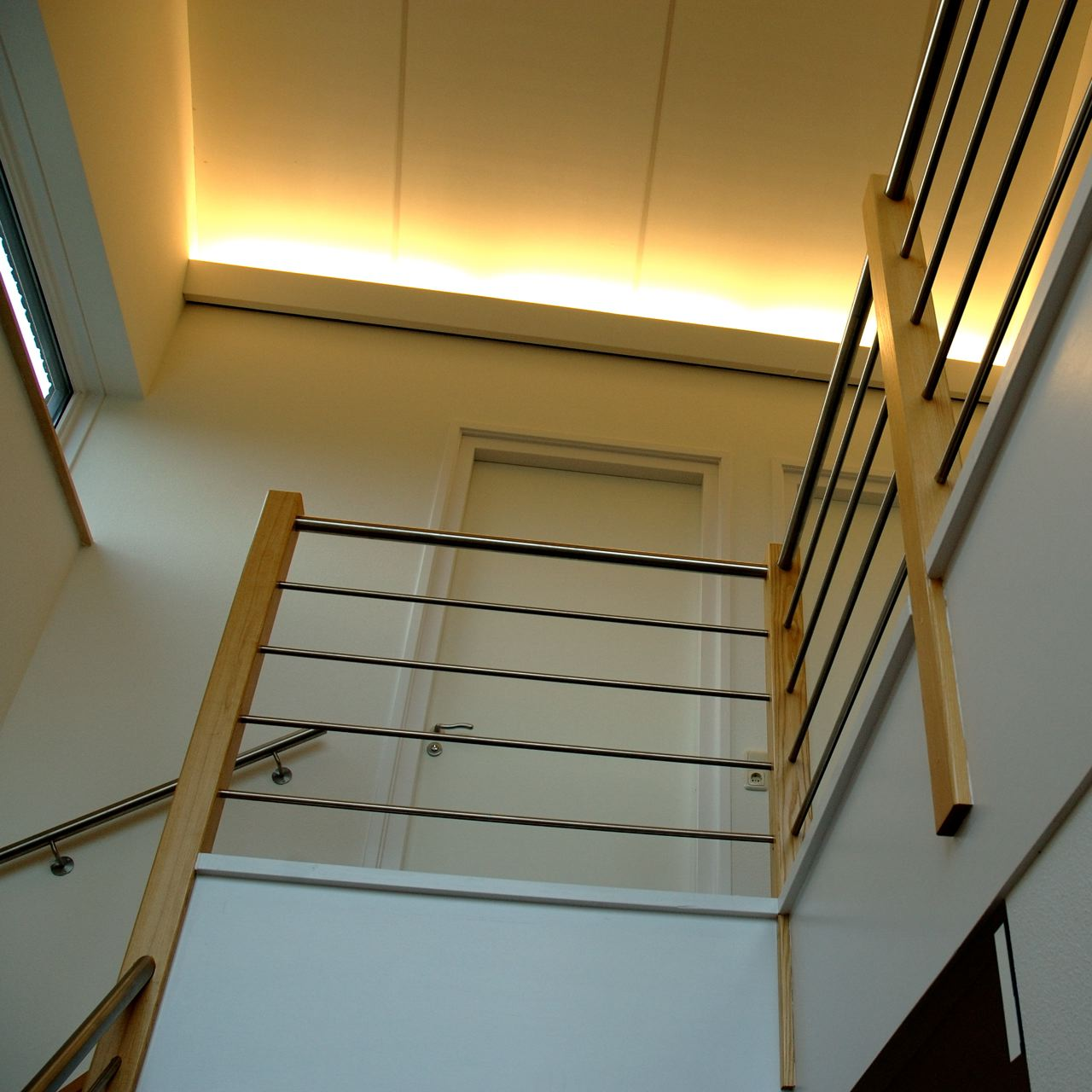 1+nieuwbouw,+entree,+trapopgang,+verlichting.jpg