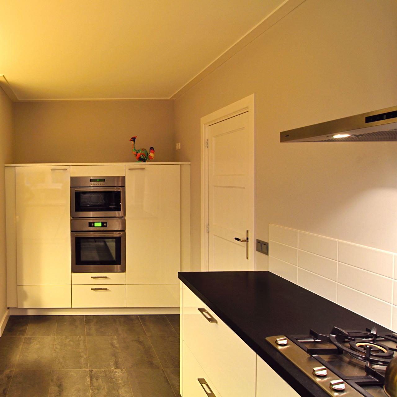 keuken,+inbouwwand.jpg