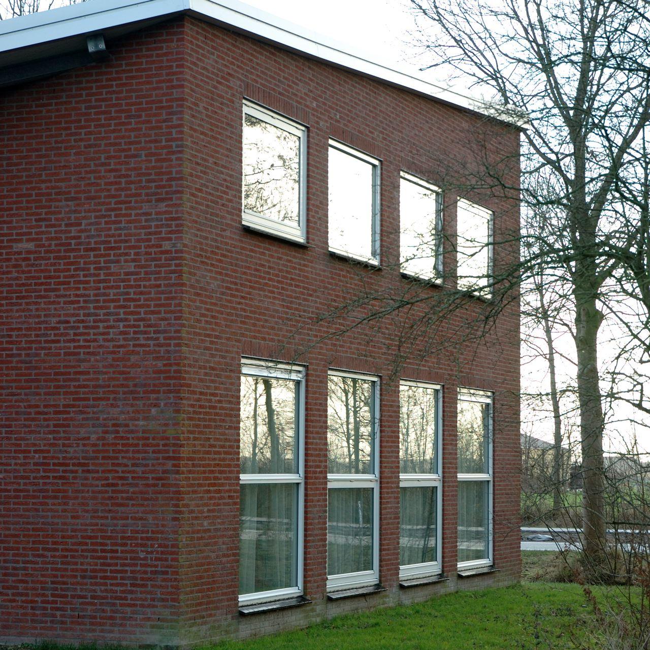 Brandweerkazerne+Wehe+de+Hoorn,+metselwerk.jpg