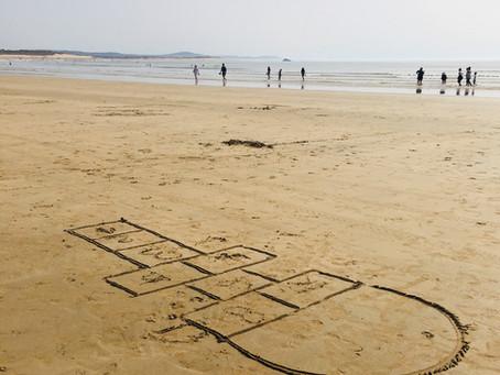Au Sénégal on appelle la Marelle : Plat Lune