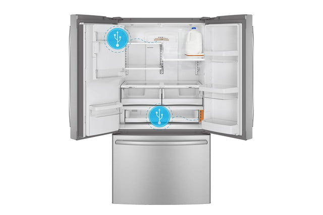 ge-chillhub-french-door-refrigerator-gfe28hghbb-open-640x427-c