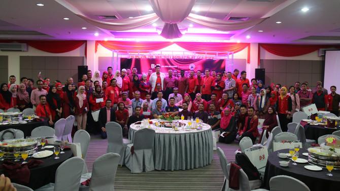 Warna Merah Menghiasi Malam Media BDB-Kelab Media Elit Kedah