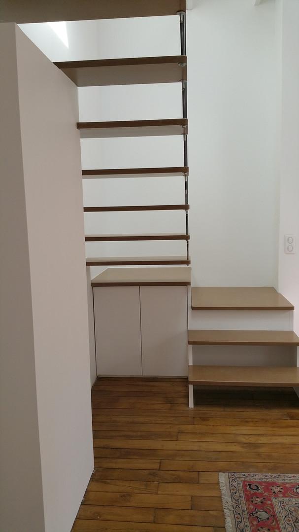 Escalier à quart tournant