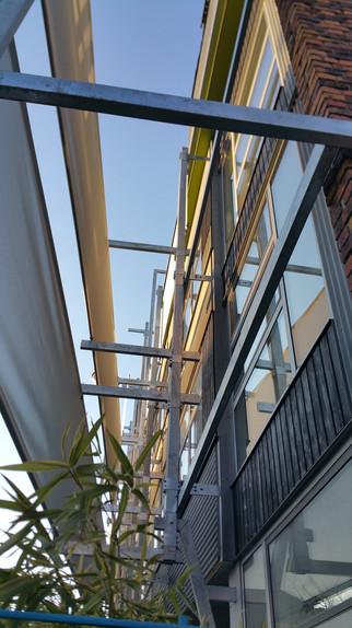 protections solaires sur la façade