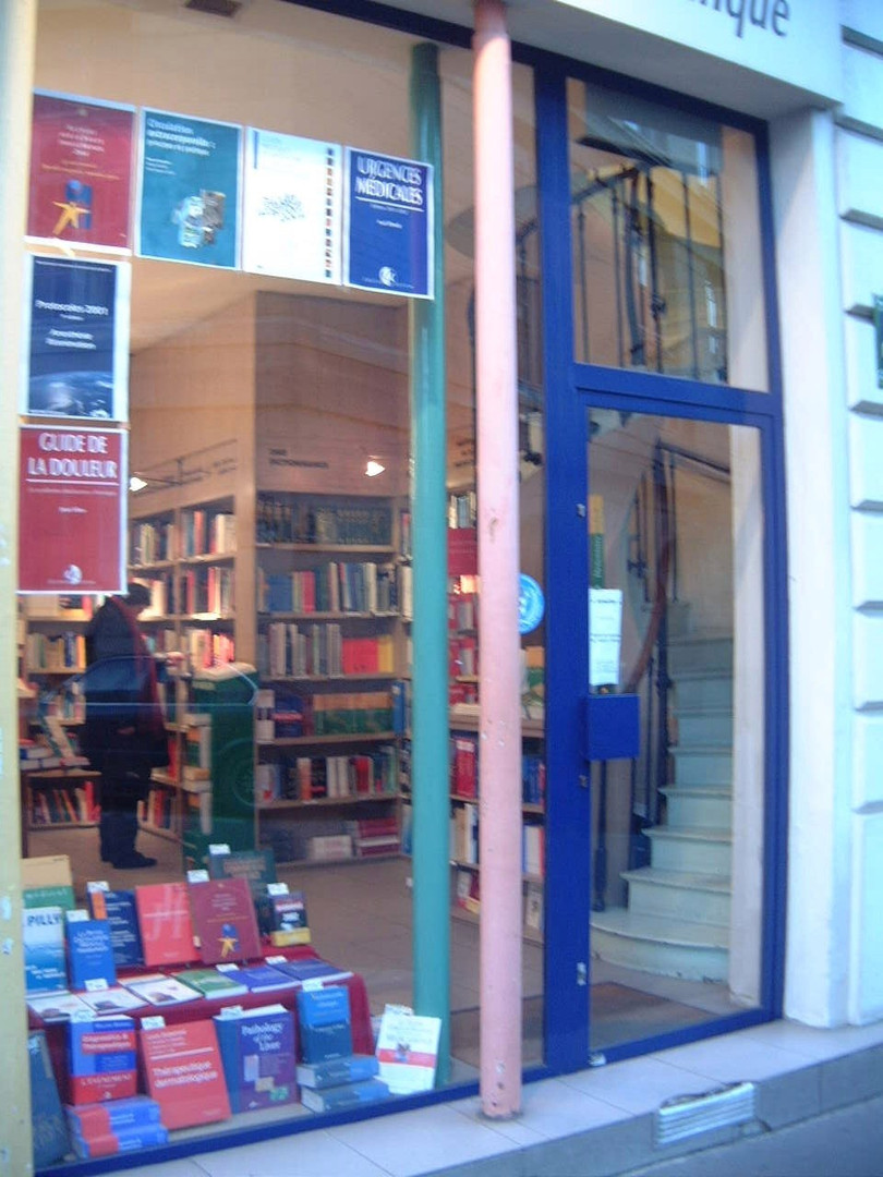 Local commercial - Librairie Arnette