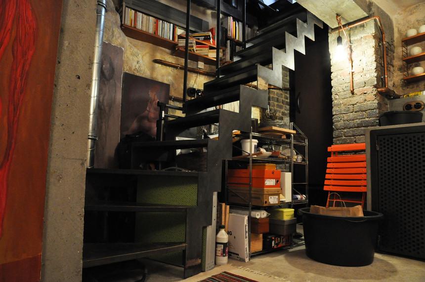 Escalier sur mesure pour un atelier d'ar