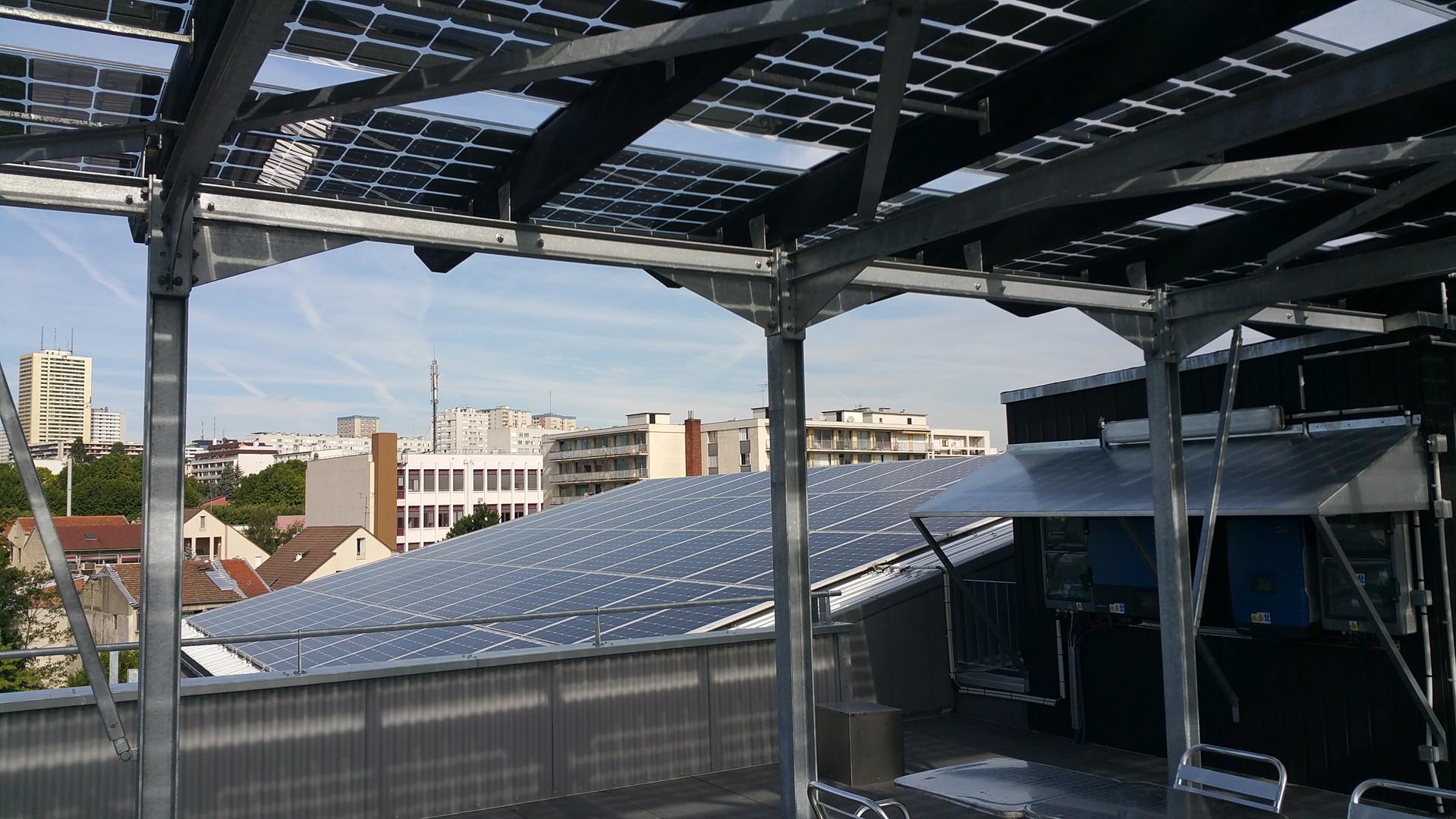 verrière et panneaux photovoltaïques