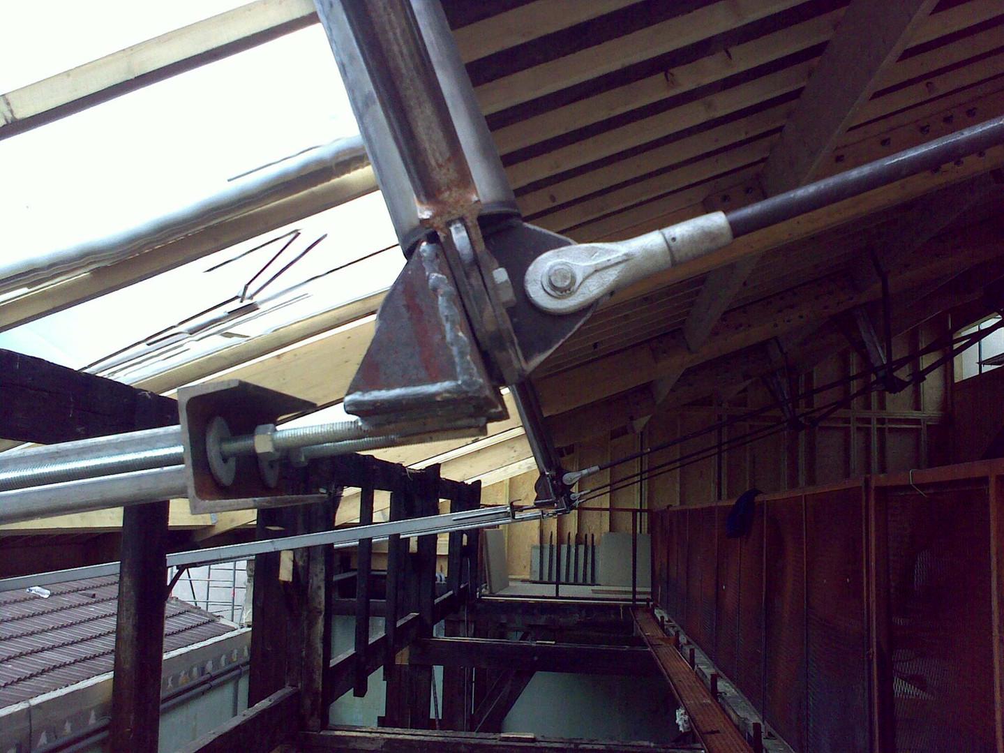 verrière et toiture sous tendue