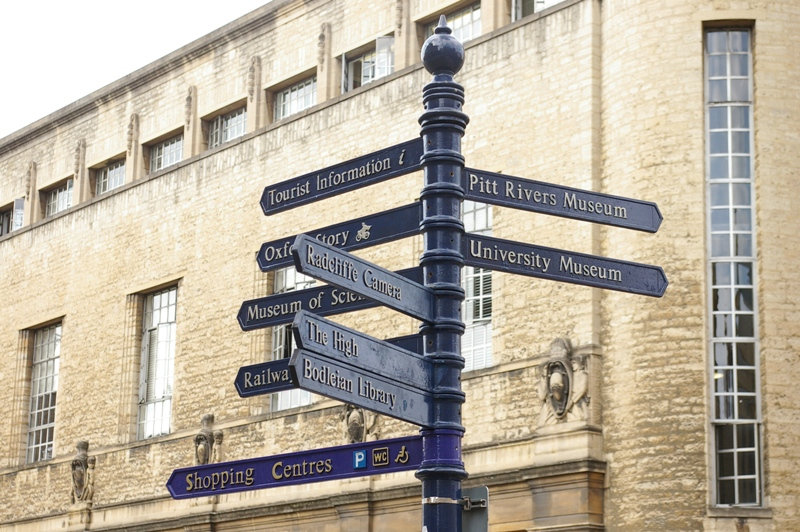 Oxford sign post.JPG