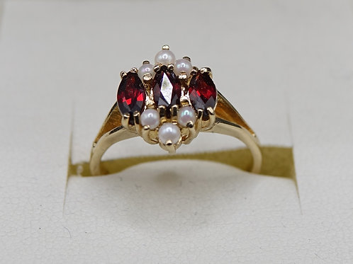 9ct Gold Ring Set with 3 Marquise Cut Garnets & 6 Pearls