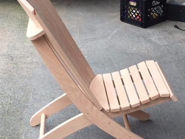 Tailgate Woodworking:  Adirondack Beach Chair