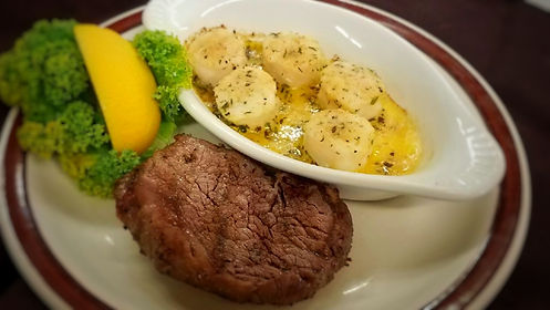 Sirloin Filet & Baked Scallops 16-9.JPG