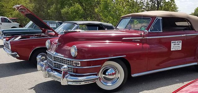 red cars 16-9.jpg