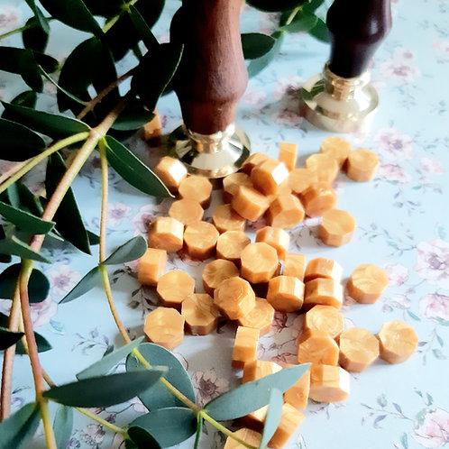 100 Wax beads - gold
