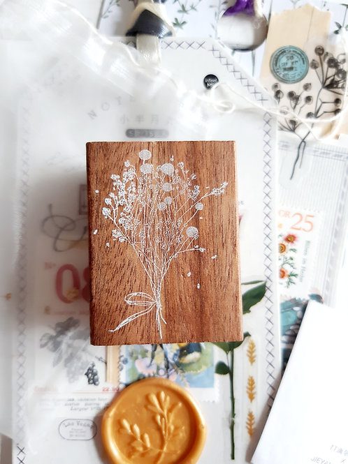 "JIEYANOW ATELIER ""BABY BREATH'S AND CRASPEDIA"" RUBBER STAMP"