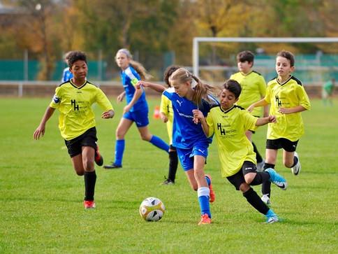 U13 schlägt die Sportfreunde aus Pasing verdient mit 3 : 0