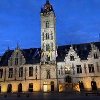 Stadhuis Dendermonde.HEIC