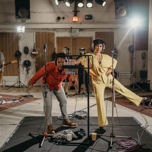 Maliq & D'Essentials - Live at Abbey Road Studio