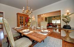 dining room e_tn