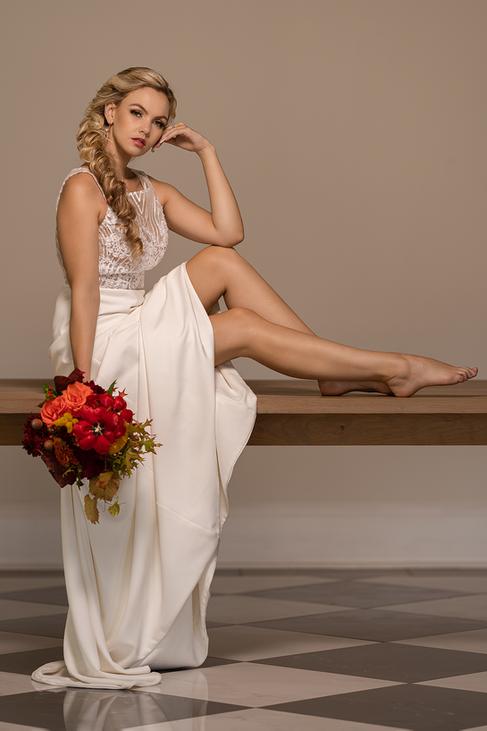 Beautiful bride in the main venue of the beautiful Loch Lynne Estate outside Durbanville, Cape Town.