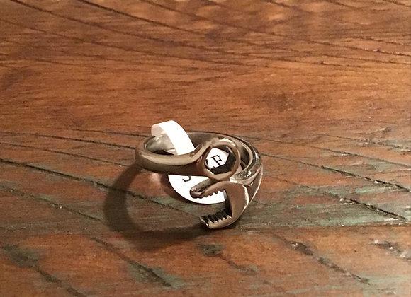 Ladies Wrench Ring
