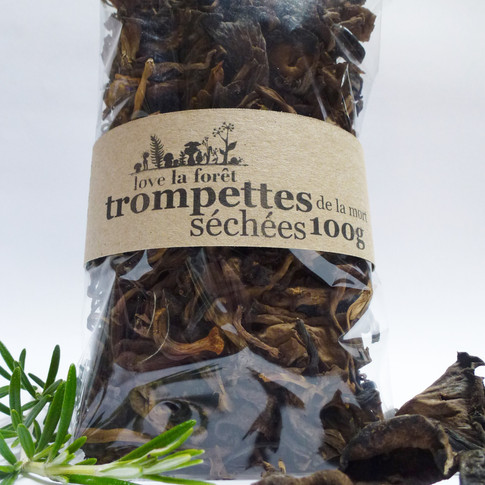 Dried black trumpets, large sachet, €18.80