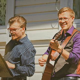 Duo Roope & Jarno lastenmusiikkishow @Kallioniemi, lastenviikonloppu