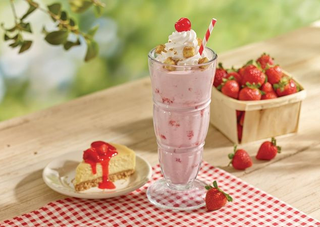 Steak 'n Shake Strawberry Cheesecake Milkshake Activation