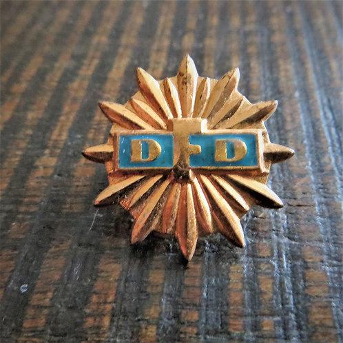 "Pin DDR Democratic Women's League ""Bronze Edition"""